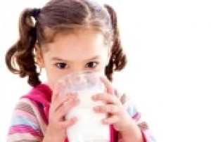 12109156-stock-image-of-female-child-drinking-glass-of-milk.jpg